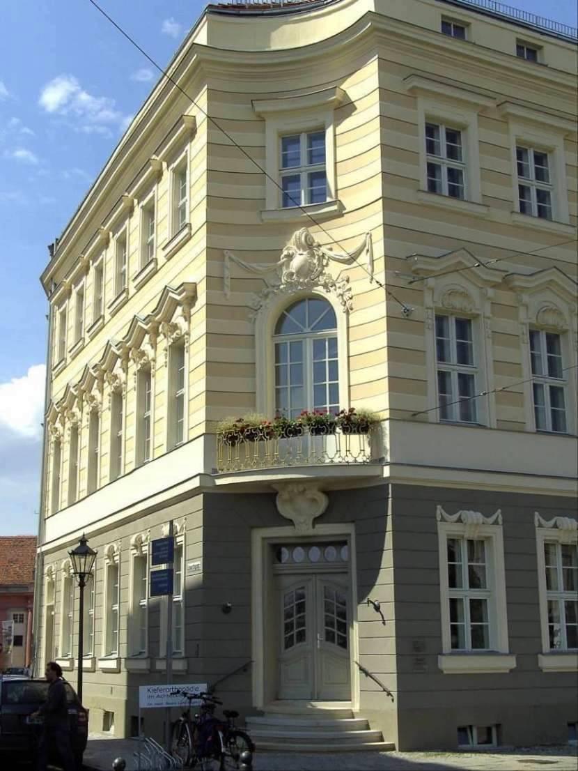 Acht-Ecken-Haus.jpg